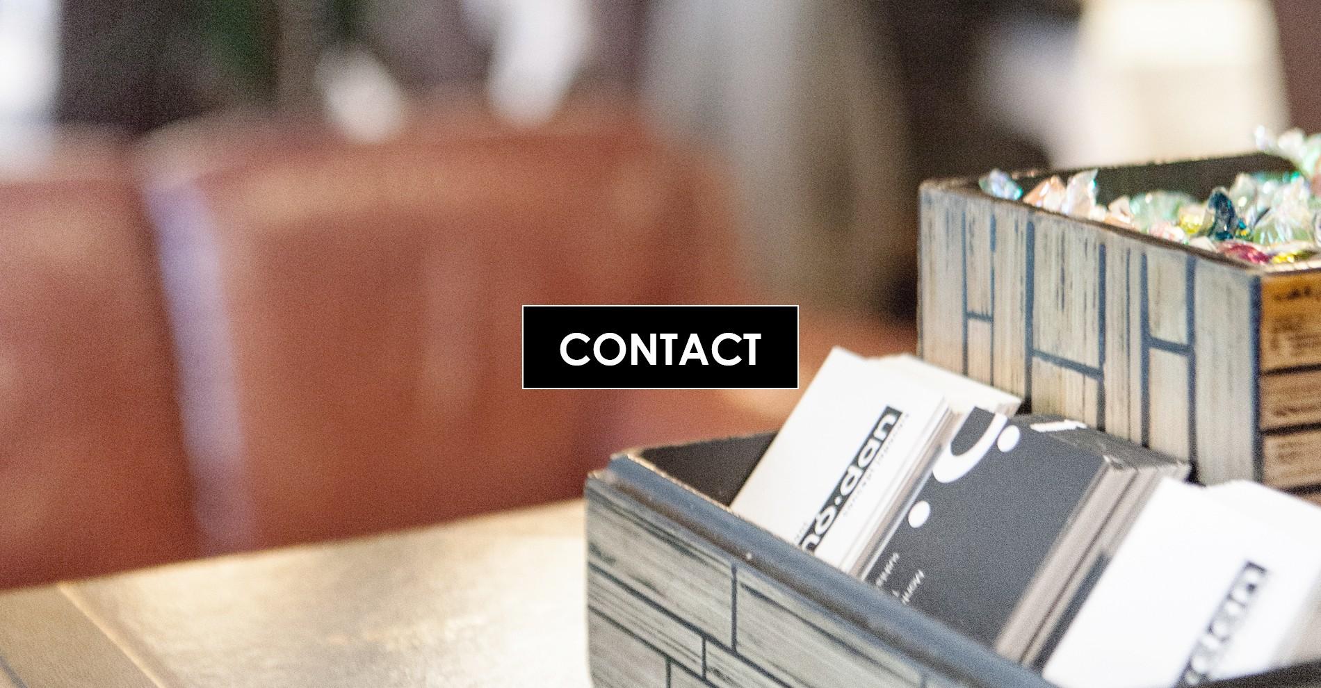 Contact Contact En